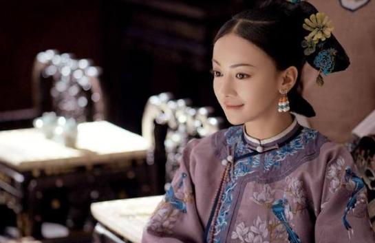 人民娱乐网:演员吴谨言受邀演唱《我们都是